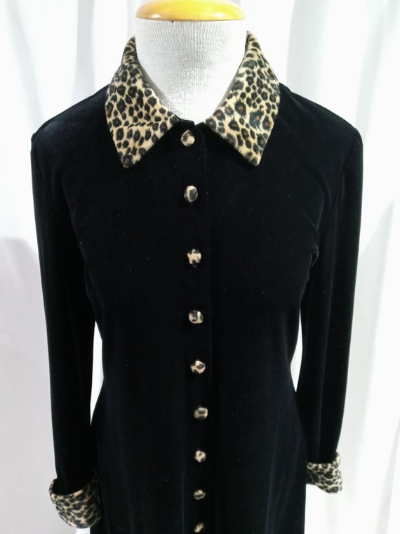 Vintage black velvet dress with cheetah print