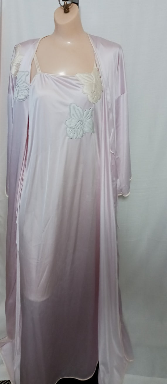 Vintage lilac gown and robe set - image 5
