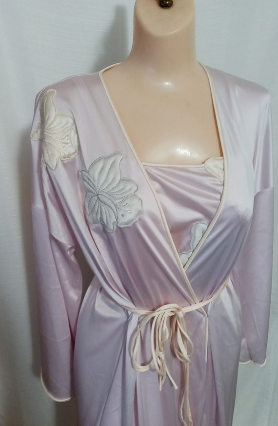 Vintage lilac gown and robe set - image 1