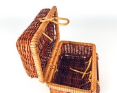 Small Mini Vintage Wicker Trunk Purse with Hook Closure, Picnic Basket, Boho Decor Bag, Suitcase Storage, Tiny Rattan Container