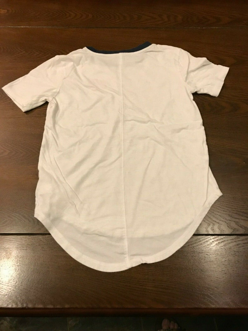 Patriotic Love  Peace Sign Girl/'s Size L OLD NAVY LOVE White Short Sleeve Top with High Low Hem 10-12 Girl/'s Pullover T-Shirt