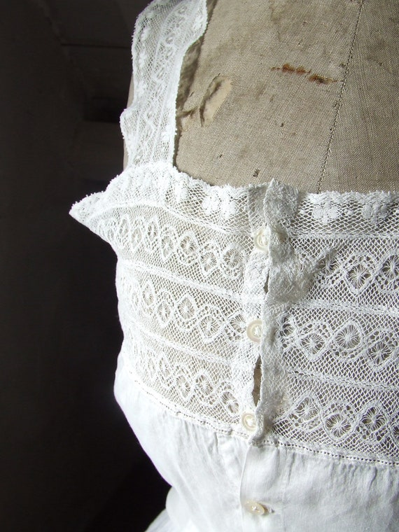 Victorian camisole, corset cover. Cotton and lace. - image 6