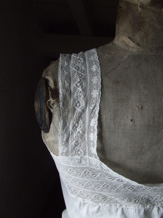 Victorian camisole, corset cover. Cotton and lace. - image 5