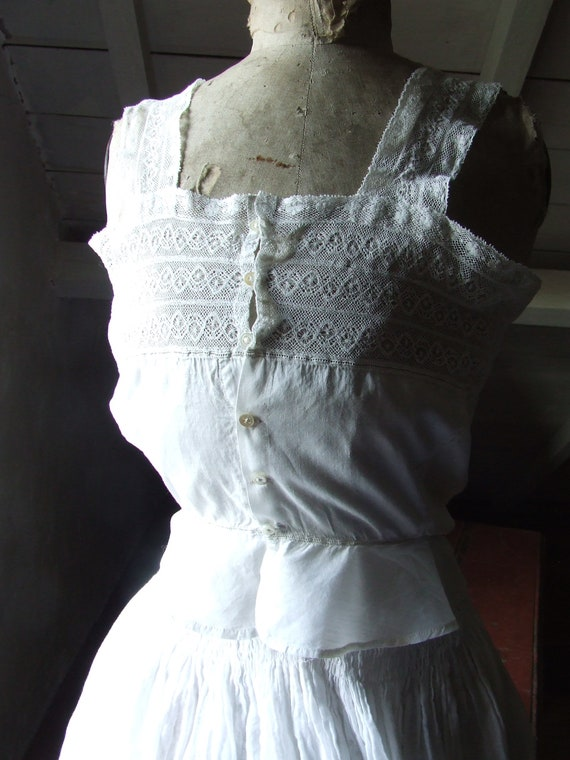 Victorian camisole, corset cover. Cotton and lace. - image 3
