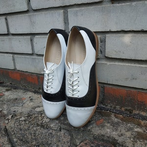 1940s Teenage Fashion: Girls Twin Peaks Oxford Shoes Black And White Leather For Woman 1990 Style Lace Up Oxfords With Perforation Woman Custom Individual Style Shoes $130.00 AT vintagedancer.com