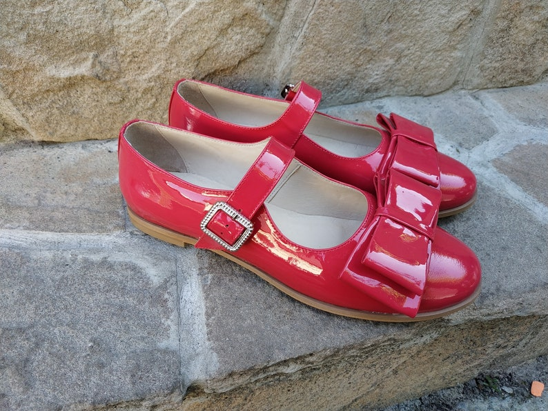 Retro Vintage Flats and Low Heel Shoes Mary Jane Flats Pink Patent Leather Mary Jane Vintage Decorative Bow Ankle Strap Flats Pink Retro Custom Leather Old Style Shoes Woman $140.00 AT vintagedancer.com