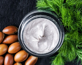Bentonite & French Green Clay whipped face wash with neem, Tea Tree and Carrot seed Oil