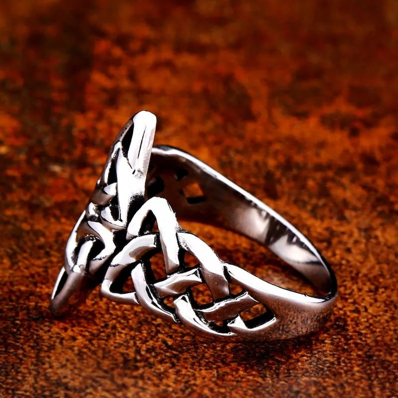 Size 9-10 Men/'s High Quality Silver Stainless Steel Viking Ring