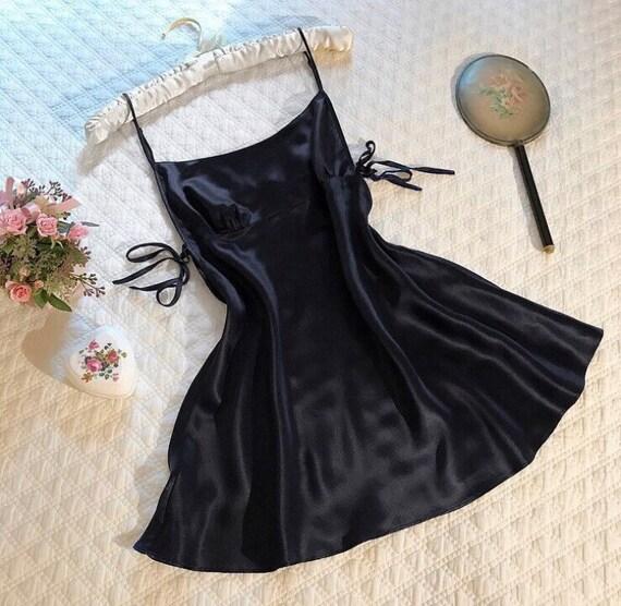 NWT Vintage Victoria's Secret 100% silk black slip