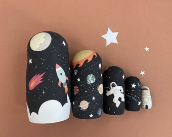 Astronauts Russian dolls - Solar system nesting doll - Space theme decor - Wooden Rocket toy - Birthday gift for twin boys - Baby shower