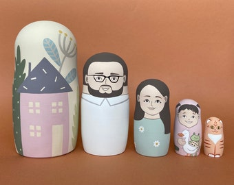 Personalised Nesting Dolls - Family Portrait of 4 Members - Russian Dolls - Keepsake Gift for Friends - Matryoshka Dolls - Wedding Gift