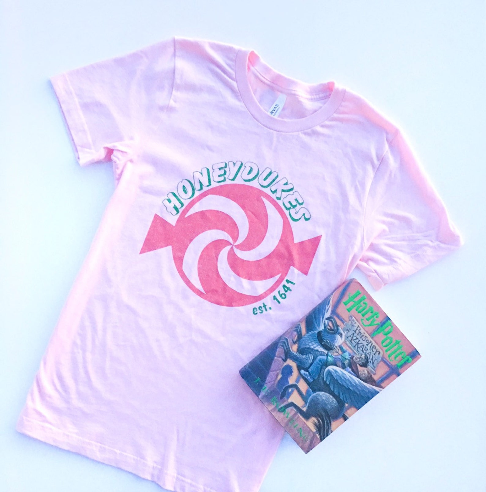 honeydukes harry potter tee with book