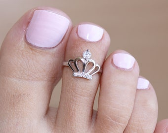 sterling silver toe rings Princess Crown toe ring foot jewellery summer accessories boho style Hammered Silver Toe ring midi ring