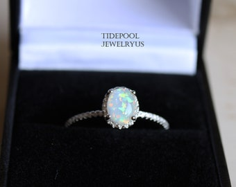 Oval Fire Opal Ring, Sterling silver Elegant Opal Ring, White Opal Sterling silver Ring, Wedding Engagement Gift for her, mother