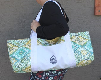 Tote-Style Yoga Mat Bag with Embroidered Front Pocket & Multicolor Mandala Print