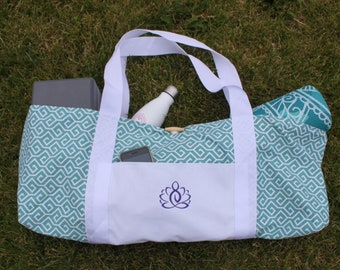Tote-Style Yoga Mat Bag with Embroidered Front Pocket & Teal Geometric Print