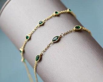 Minimalist Emerald Green Bracelet Sterling Silver Chain Dainty Bridesmaid Bracelet Green Wedding Jewelry