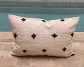 Moroccan pillow Beni ouarain, Handmade berber pillow, Beni urain Berber cushion, wool pillow cover, pillow,