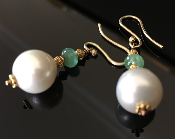Emerald Pearl and Gold Earrings