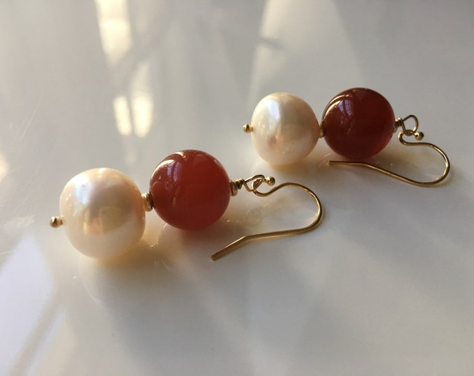 Cornalina and Pearl Agate Earrings