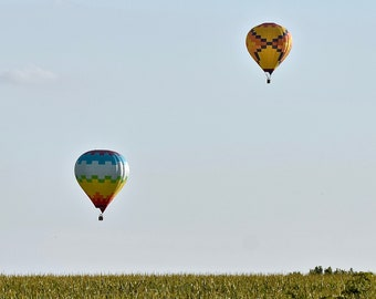 Two Low Flying Hot Air Balloons Print - Blank Photo Note Card