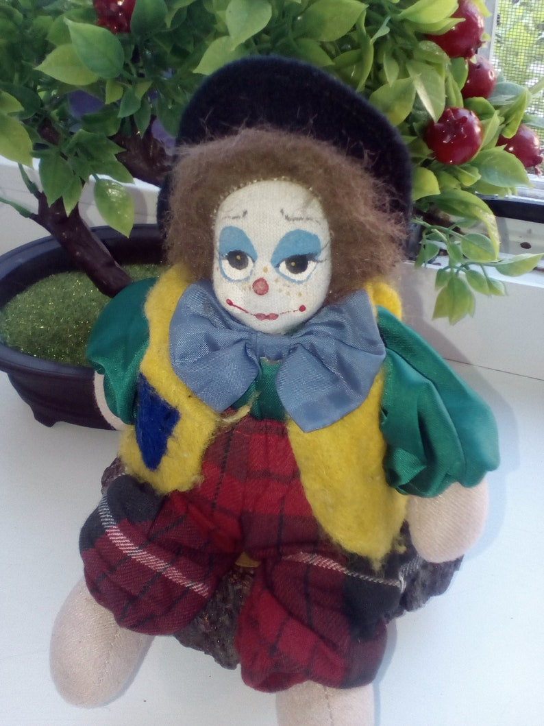 Decorative Collectibles clowns Vintage clown 7.5 in 19 cm tall