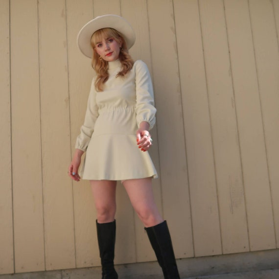 Vintage 60s MOD cream long sleeve mini dress S - image 7