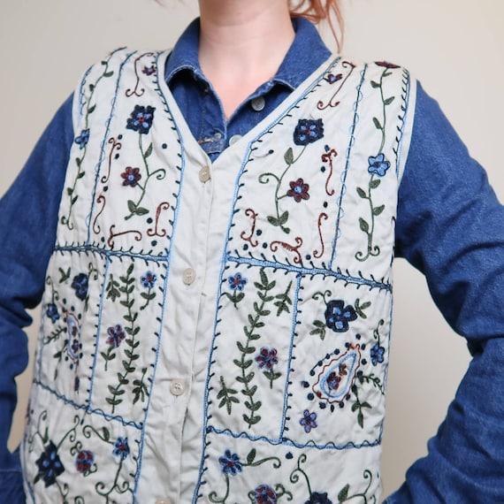 Vintage 90s Bobbie Brooks tan floral embroidered … - image 3
