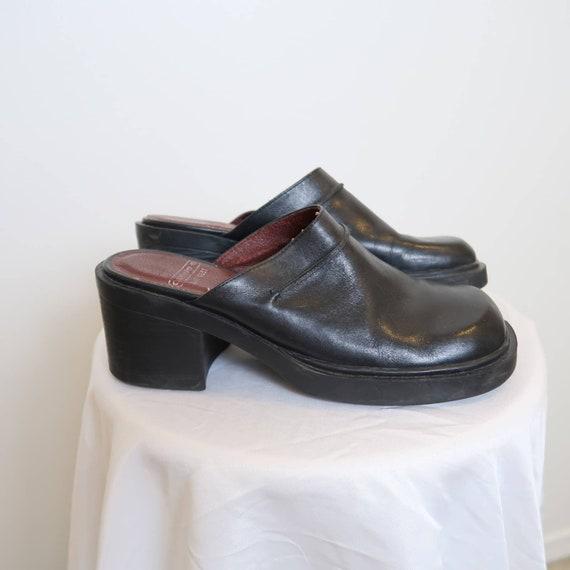 Vintage 90s Nine West black leather chunky mules 8 - image 2