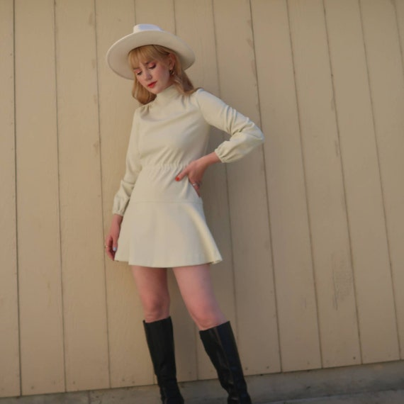 Vintage 60s MOD cream long sleeve mini dress S - image 6