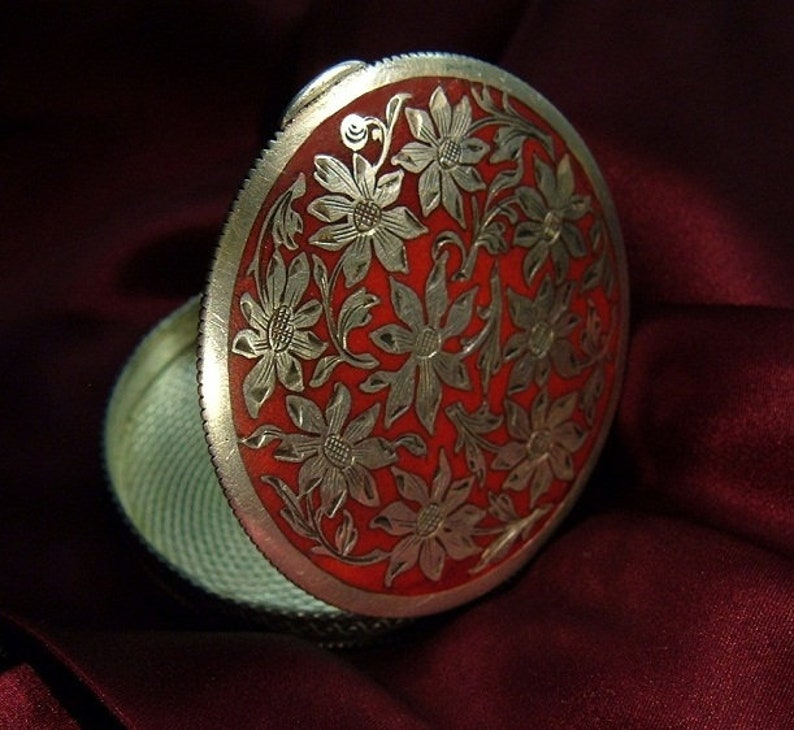 Antique Sterling Silver Enamel Austrian Powder Compact Trinkets Box Daisy Ornament