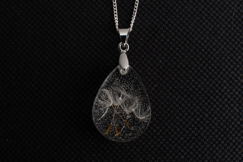 Wish necklace Dandelion jewelry Paired pendants Real flower crystal resin drop Terrarium natural flower Dried flowers jewelry Lover gift