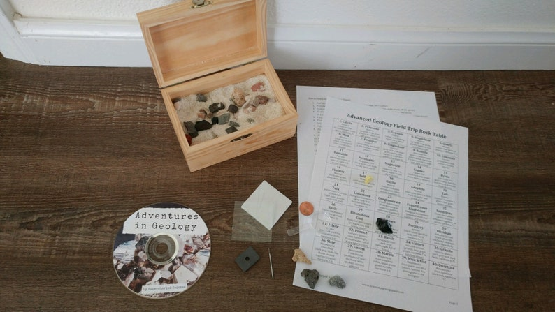 Geology Field Trip in a Box with DVD for Nature Study, Science for Kids,  Outdoor Activity, Rocks & Mineral Kit