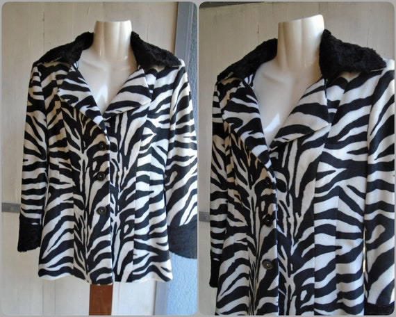 Vintage Animal Print Black White Zebra Long Sleeve