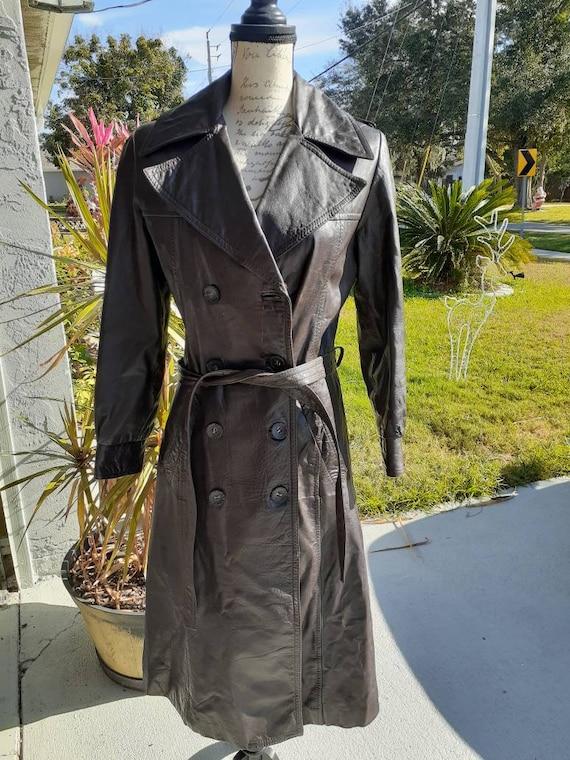 Vintage Leather Trenchcoat - Hippie - Bohemian - I