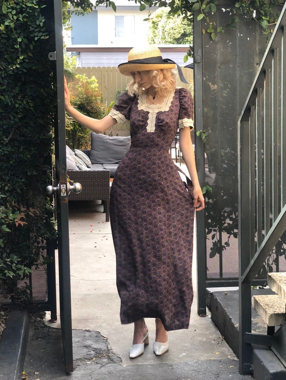 Vintage 90s violet cottage maxi dress, Small puff