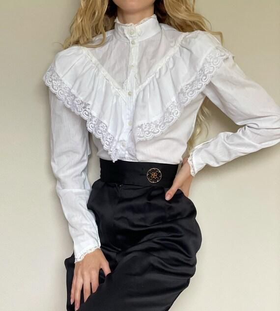 Vintage Gunne Sax white cotton Victorian blouse, … - image 1