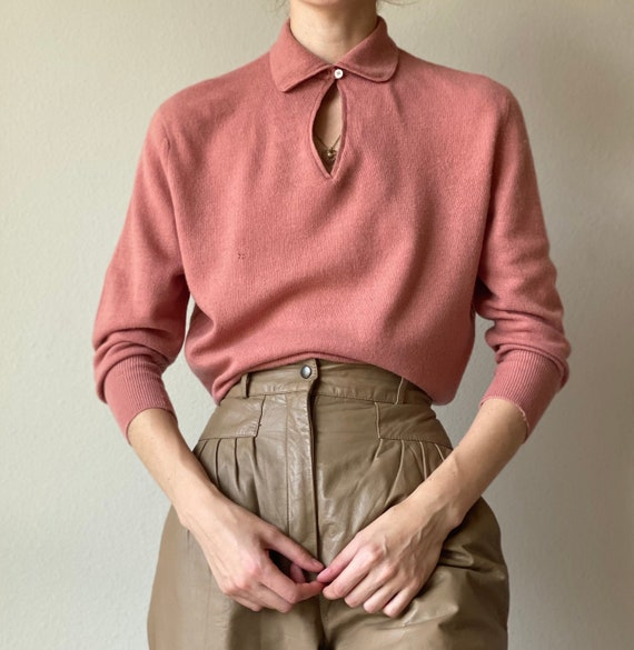 Vintage salmon cashmere sweater, collared, size sm
