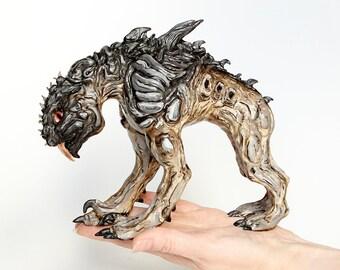 Skag | Border lands | Fantastic art beast | Fantasy creature sculpture