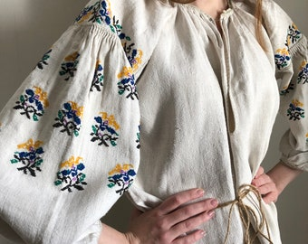White and brown Ukrainian vintage vyshyvanka in diffucult technique handmade embroidery vintage shirt ethno sorochka  \u30a6\u30af\u30e9\u30a4\u30ca \u523a\u7e4d