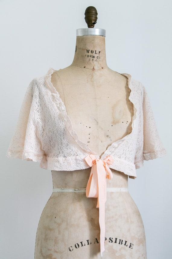 Vintage 30s lace bed jacket - image 5