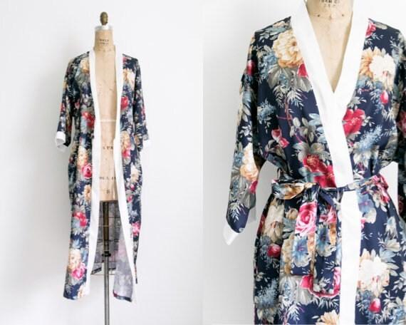 Vintage kimono style floral robe