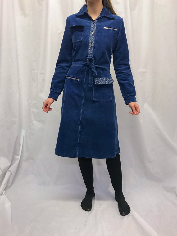 Vintage courdroy dress with pockets