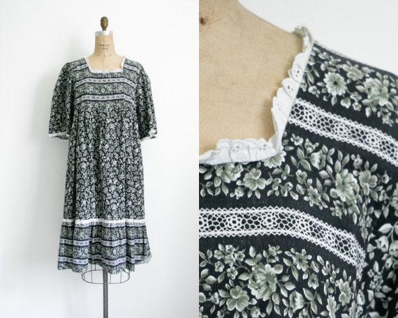 Vintage dark floral smock dress