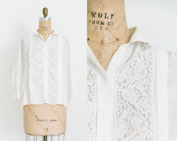Antique rayon blouse with lace
