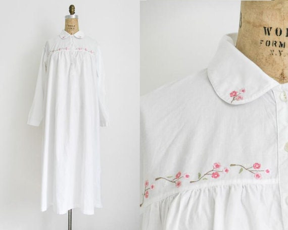 Vintage victorian style embroidered nightgown