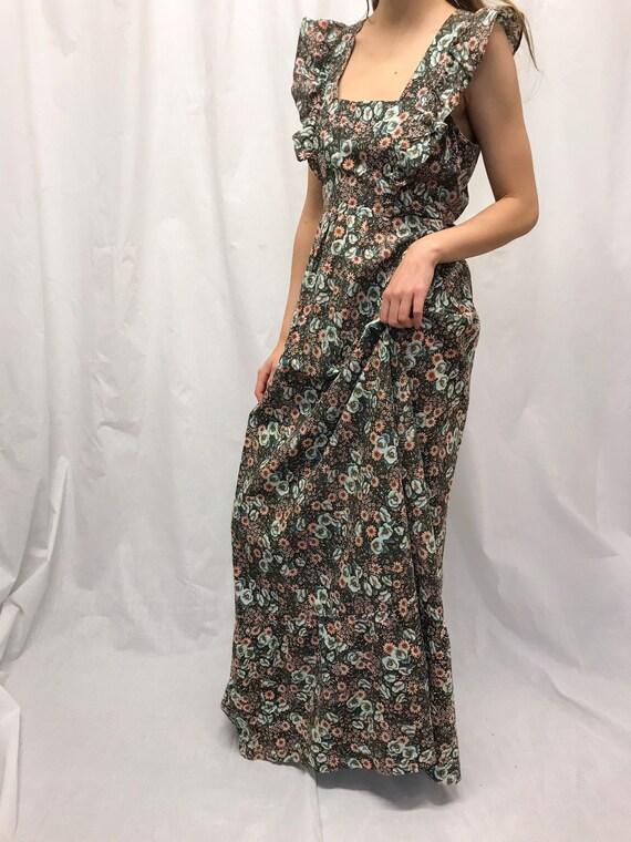 Vintage floral ruffle maxi dress