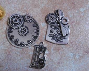 Ressort Boucles d/'oreilles avec engrenage Steampunk Boucles d/'oreilles Boucle Cyberpunk Boucle