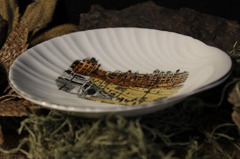 O/'Connell Bridge Souvenir Wall PlateBowl English Bone China Dublin Tidbit Bowl Seashell Shaped O/'Connell Bridge