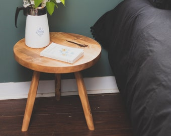 Large Round Top Tripod Table. Reclaimed Wooden Round Top End Table